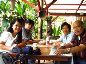 2-Saavedra-Family1