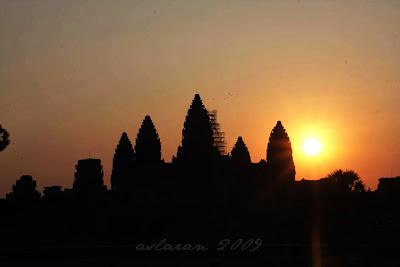 1b-AngkorWat-Sunrise1